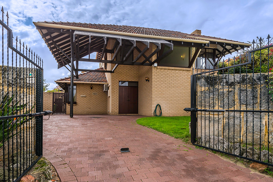 30 SOUTH TCE, SOUTH PERTH, 6151